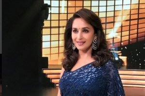 At the Age of 51, Madhuri looked very Beautiful in the set of Reality show