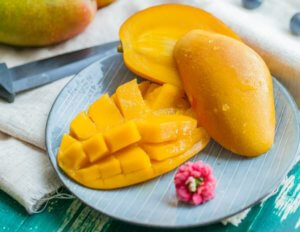 5 Mango Face Pack to get Glowing Skin-Beauty with Mango