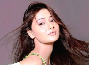 Sara khan Birthday-Know Interesting things about Her