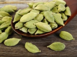 Benefits and Side Effect of Cardamom
