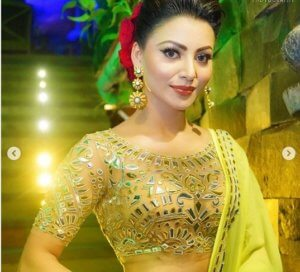 Beautiful Lehenga Outfit of Urvashi Rautela Catalog