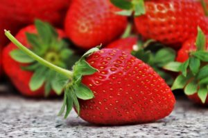 Eat Strawberries and Reduce Health problems